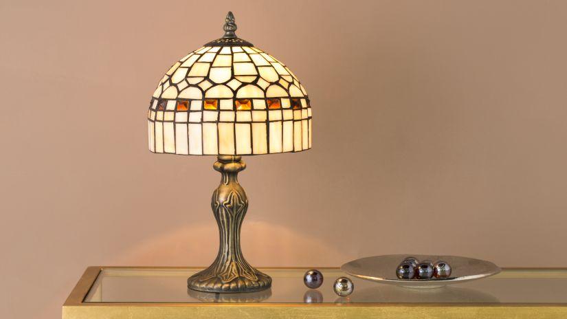 Lampe en vitrail design