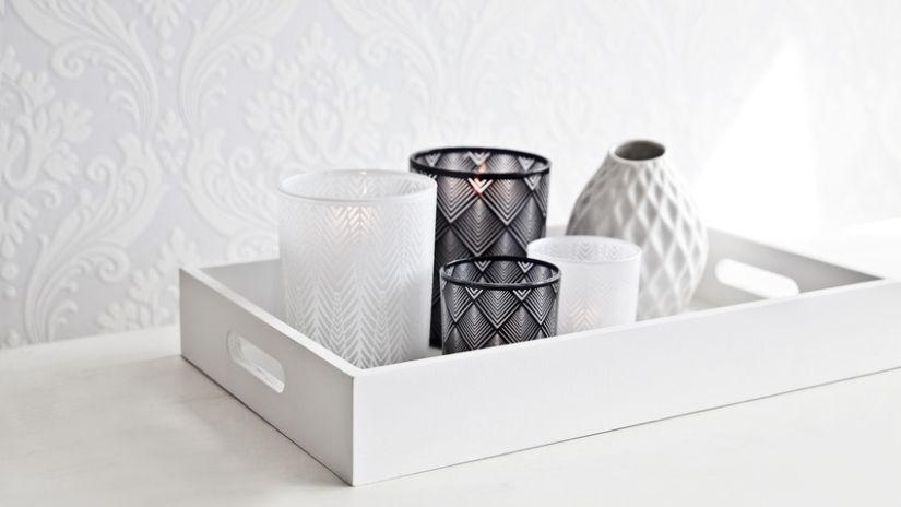 Photophore blanc en verre à motifs
