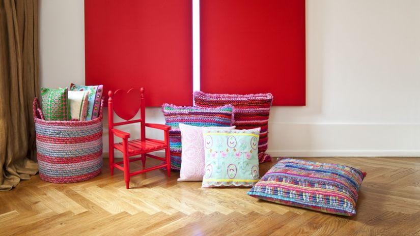 Rideau rouge en tissu coton