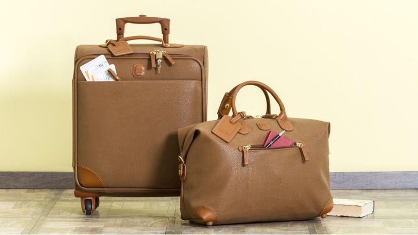 Valise vintage en cuir marron