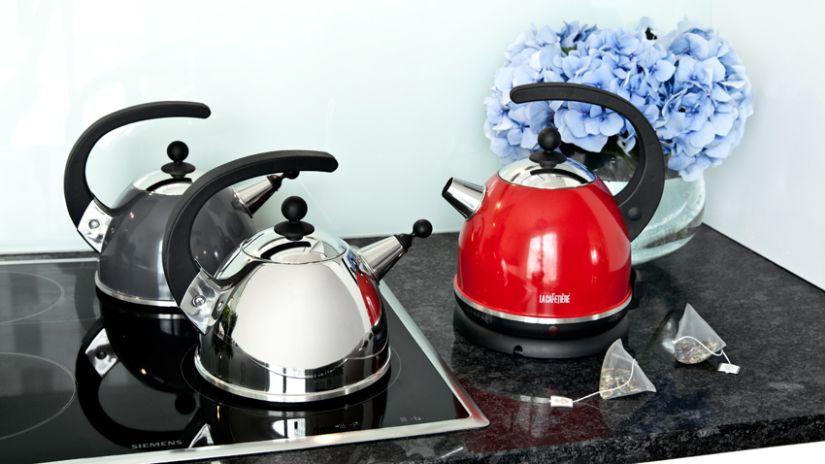 Bouilloire design pour plaques à induction