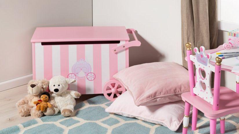 Coffre à jouets en bois rose et blanc