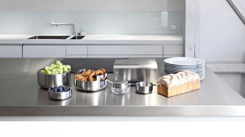 Plat inox pour cuisine moderne