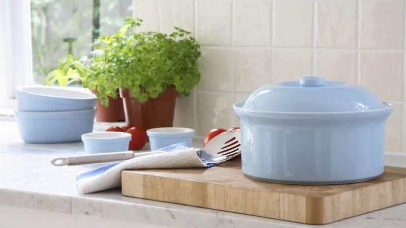 Plat rond en céramique pour la cuisine