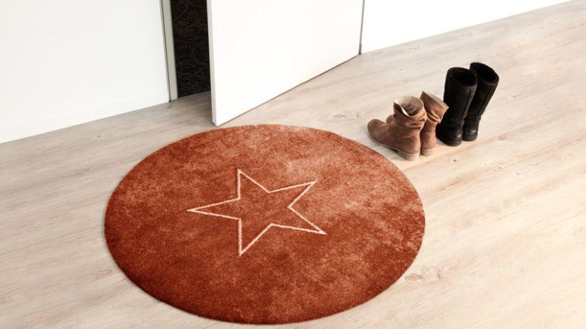 Tapis rond avec motifs étoile