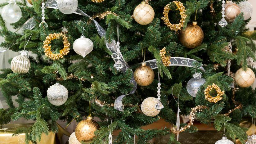 Décorations de Noël dorées