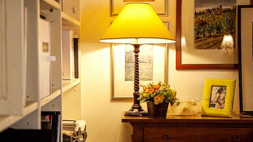 Lampade e cassettiere