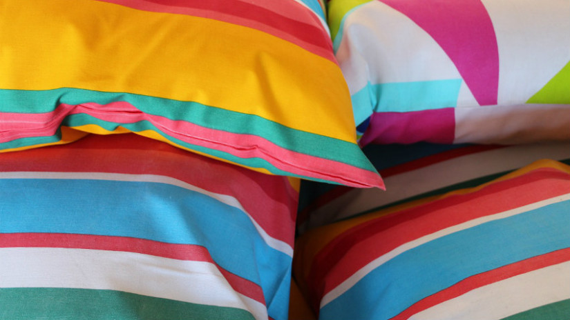 Tessuti a righe colorate