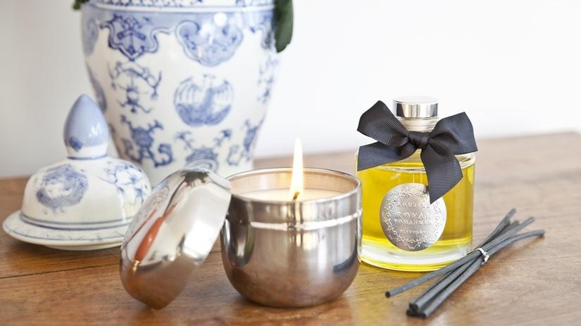 candele profumate vaso di porcellana oli