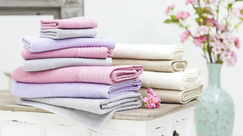 Asciugamani una morbida carezza in cotone dalani e ora - Asciugamani bagno offerte ...