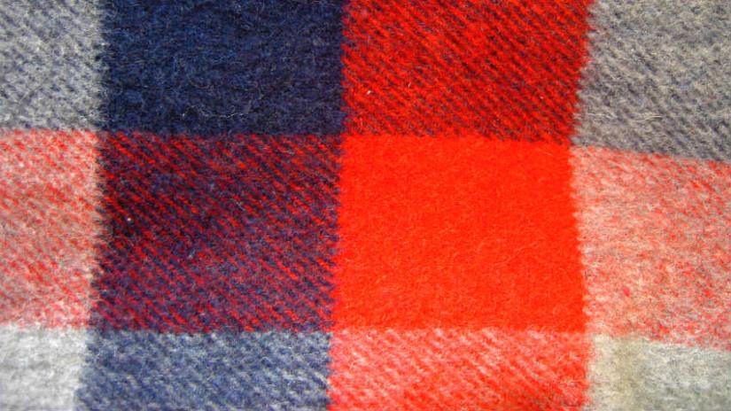 copertina a quadri blu rosso melange