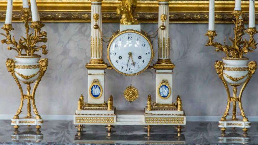 Orologi antichi fascino d 39 altri tempi dalani e ora westwing - Orologi da casa moderni ...
