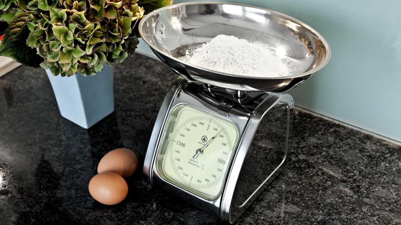 bilancia da cucina per pesare gli ingredienti
