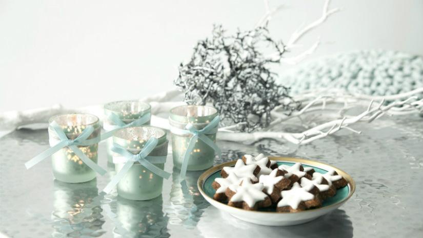 biscotti di natale a forma di stella candele