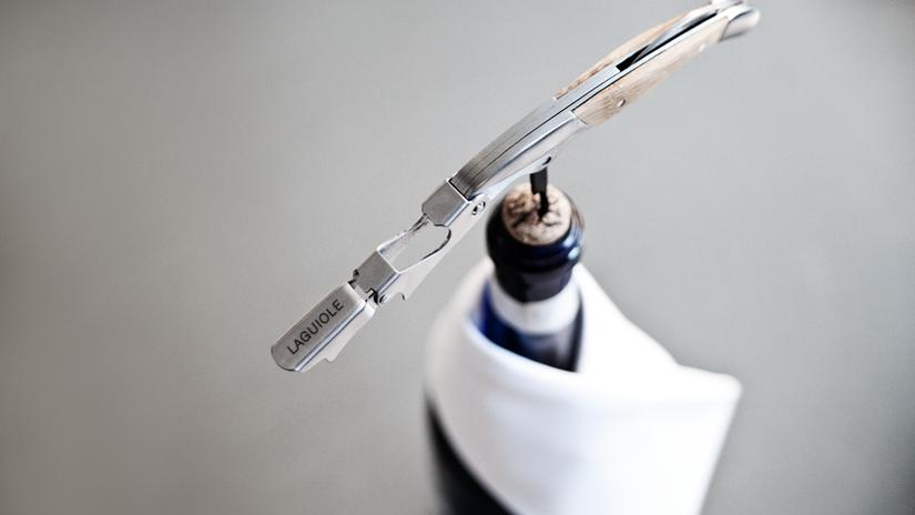 apribottiglie vino in acciaio