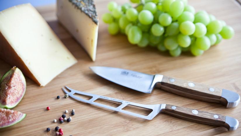 barra magnetica per coltelli tagliere in legno