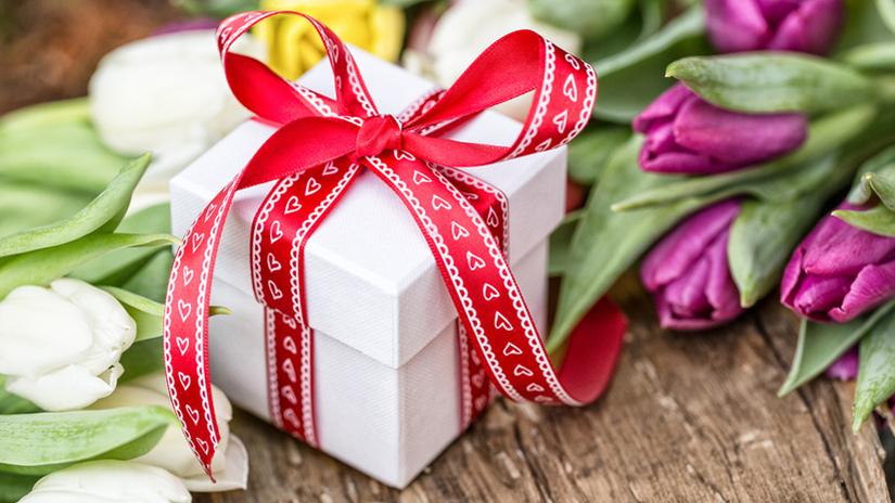 regali fai da te per san valentino fiori pacchetto