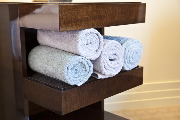 Mensole per bagno relax e praticit dalani e ora westwing - Mensole per bagno ...