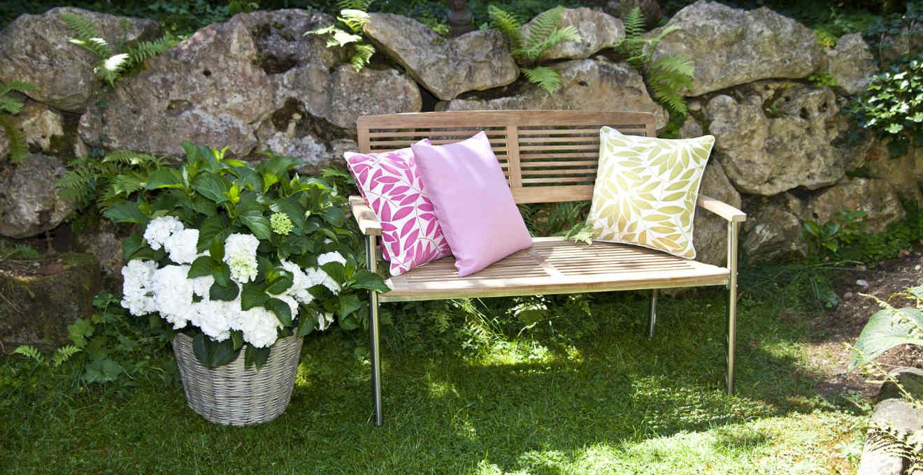 Divani da esterno un tocco di stile al giardino dalani e ora westwing - Salotti da giardino ikea ...