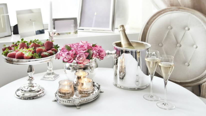 casa romantica cena