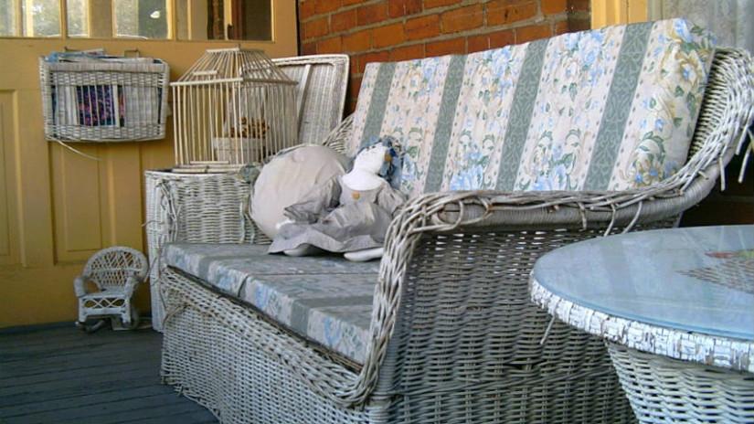 divanetto in vimini veranda cuscini per esterno