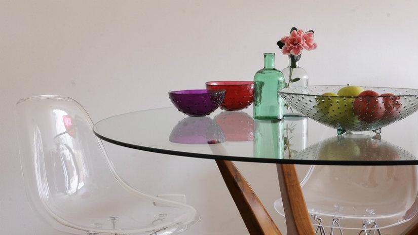 Tavoli di cristallo preziosa eleganza in salotto dalani for Tavoli di cristallo allungabili