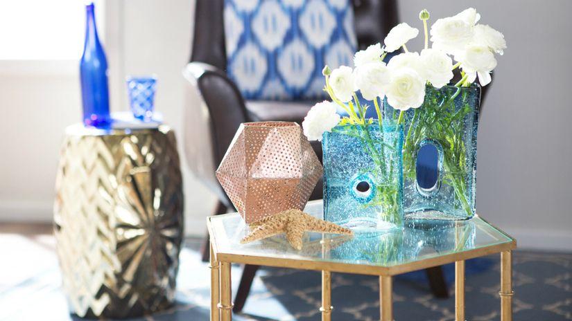 vaso in vetro tavolino fiori
