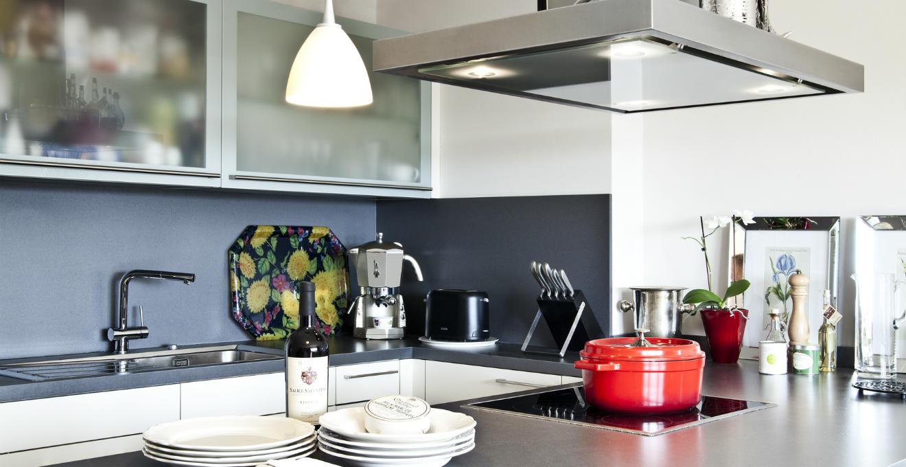 Forno elettrico per pietanze prelibate westwing dalani e ora westwing - Cappe da cucina classiche ...