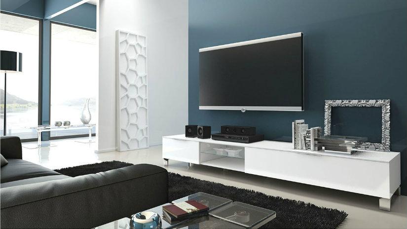 Braccio porta tv invisibile ed essenziale dalani e ora westwing - Mobile salotto tv ...