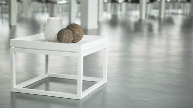 Soggiorno minimal arredamento e mobili di design for Mobile basso da sala