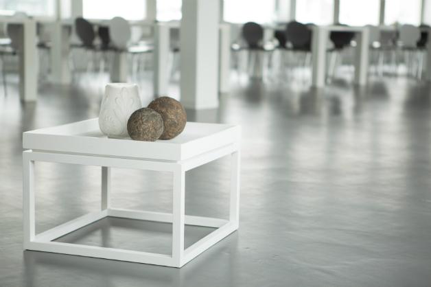 mobili bianchi