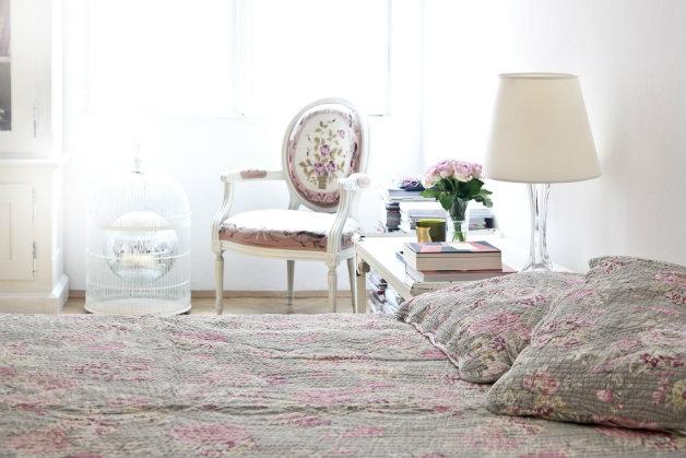 camera da letto rosa delicato romanticismo westwing
