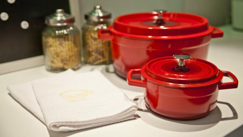 cocotte in ceramica rosse barattoli vetro