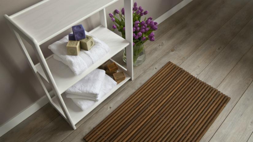 etagere provanzale in legno