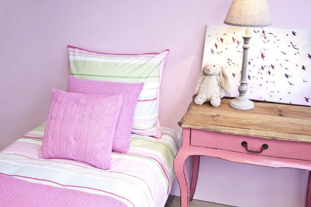 copriletto in cotone e accessori per la camera da letto