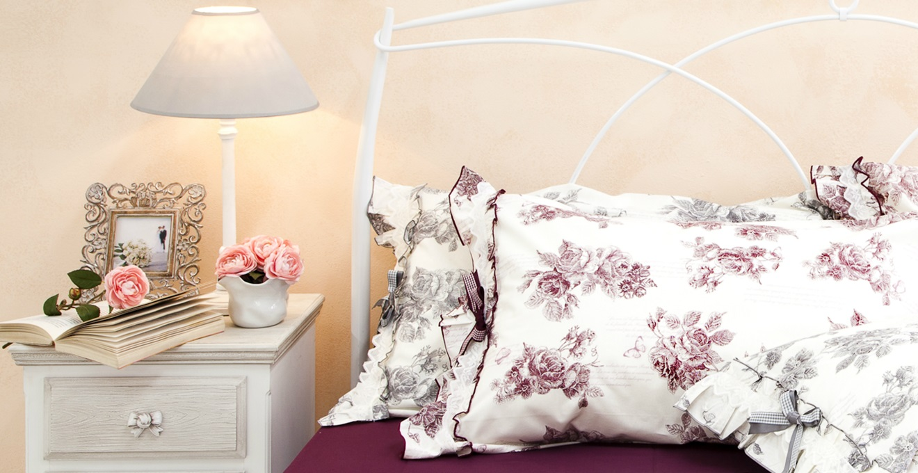 Westwing camera da letto provenzale romantica atmosfera for Camera da letto cottage francese