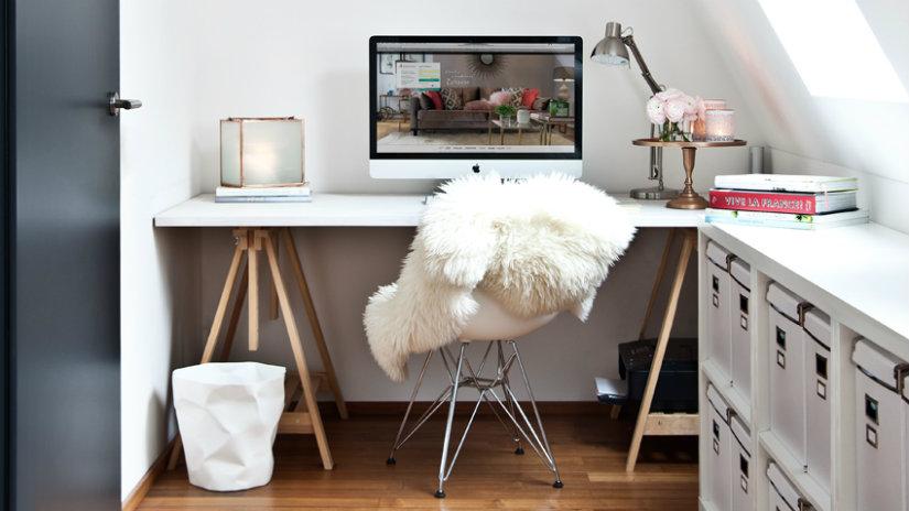 cassettiera per ufficio scrivania computer sedia
