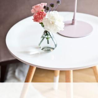 "tavolino-bianco"" width="