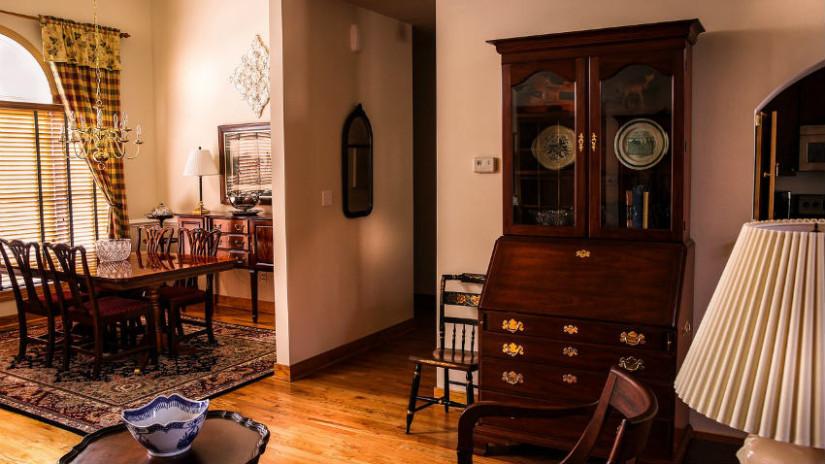 Tende classiche per interni eleganza senza tempo dalani for Interni case classiche
