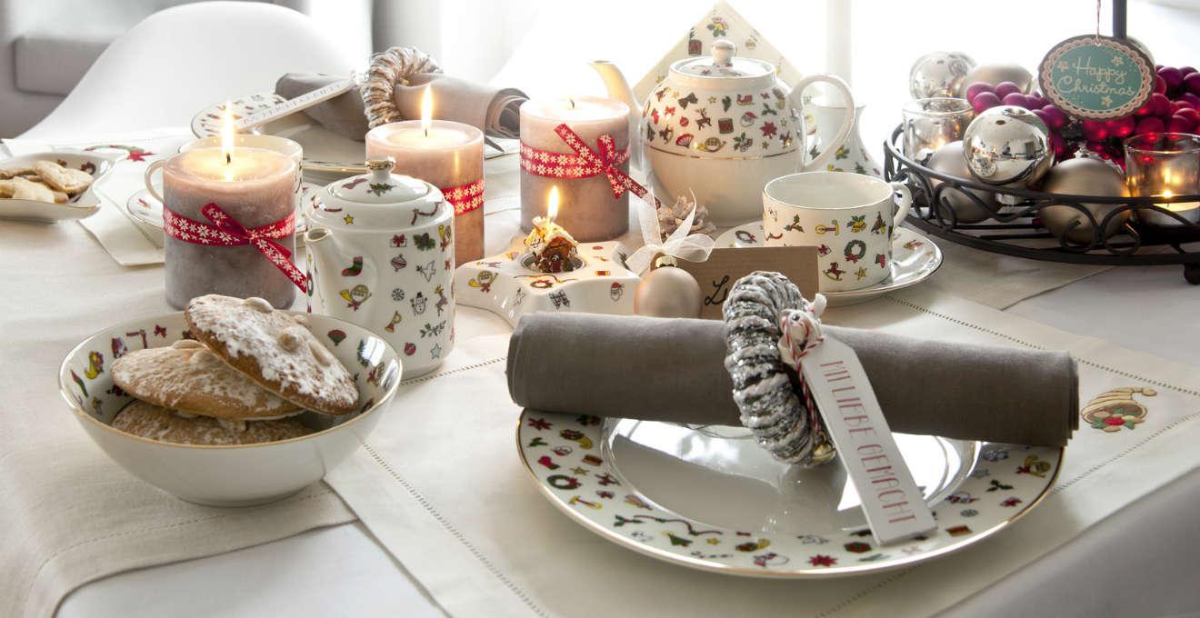 Segnaposto Natalizi Rossi.Piatti Natalizi In Ceramica Mise En Place Di Natale Westwing
