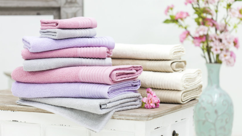 accappatoio rosa in cotone