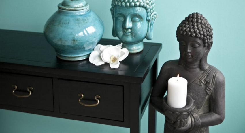 angoliera etnica statua vaso candele