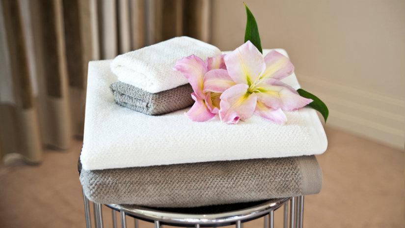 asciugamani in cotone lavette fiore sgabello