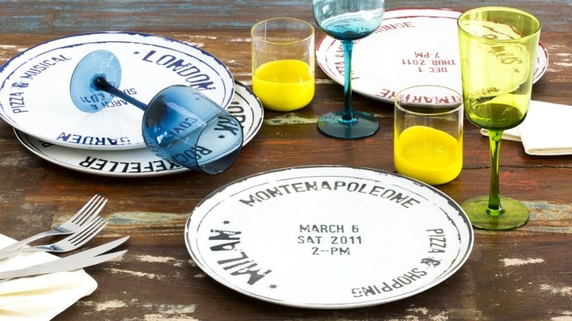 calici di plastica piatto bicchieri tavolo