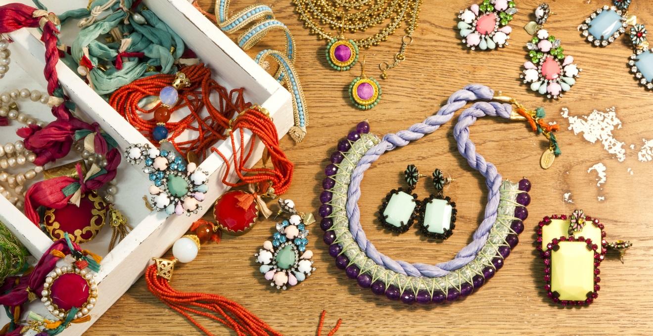 scrigno portagioie bracciali collane orecchini bijoux