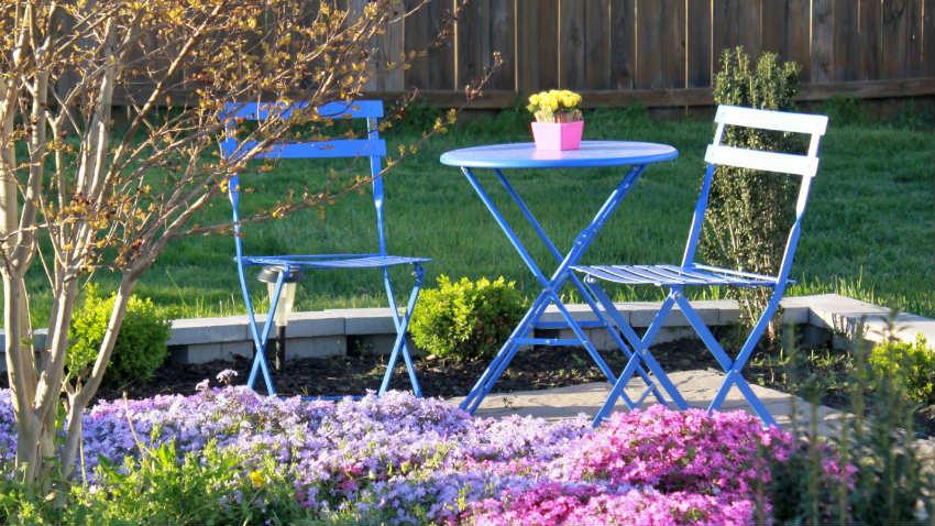 Arredo giardino mobili accessori e consigli per gli for Mobili in alluminio per esterni