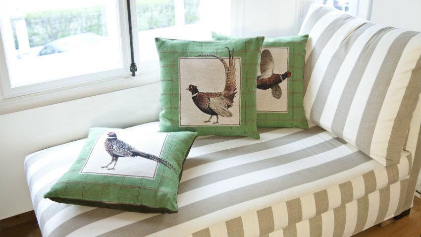 Cuscini tessili per la casa colorati e versatili dalani - Federe cuscini divano ...