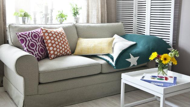 DALANI | Divano in legno: sofà e poltrona rivestita in tessuto