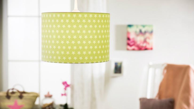 lampadario colorato verde stelle bianche