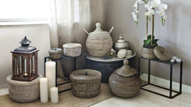 DALANI  Lampade da terra etniche: prodotti in legno